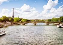 Francie: levné letenky - Paříž s odletem z Bratislavy již od 1 311 Kč