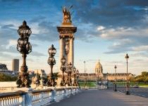 Francie: levné letenky - Paříž s odletem z Bratislavy již od 1 694 Kč včetně letních prázdnin