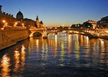 Francie: levné letenky - Paříž s odletem z Vídně již od 2 790 Kč