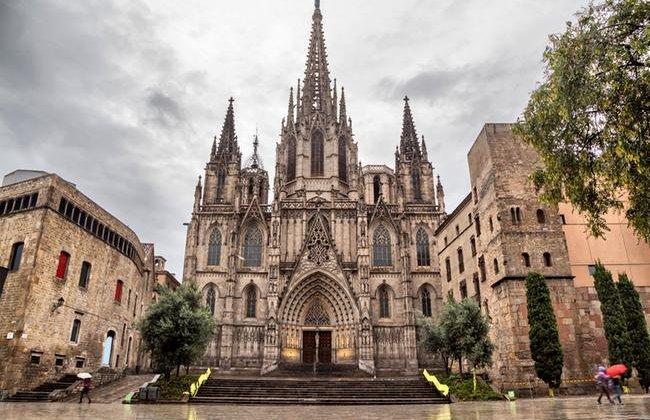 barcelona (15)-650x450.jpg