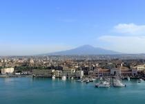 Levné letenky Vídeň Catania a zpět  za 1437 Kč