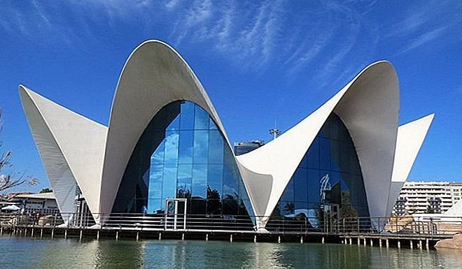 14-top-tourist-attractions-in-valencia-easy-day-trips-3.jpg