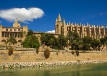 Mimořádná lednová nabídka Berlín Mallorca a zpět za 265 Kč