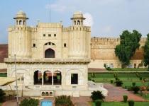 Pákistán: levné letenky - Kachari nebo Lahore s odletem z Londýna již od 10 497 Kč