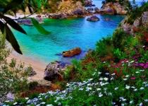 Řecko: levné letenky - ostrov Korfu s odletem z Bratislavy již od 1 875 Kč