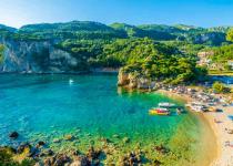 Řecko: levné letenky - Rhodos, Korfu, Kalamata, Mykonos s odletem z Vídně již od 1 299 Kč