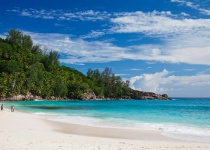 Seychely: levné letenky - ostrov Mahé s odletem z Prahy již od 12 868 Kč