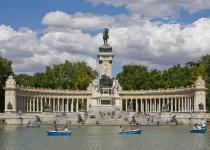 Španělsko: levné letenky - Madrid s odletem z Bratislavy již od 1 704 Kč