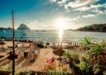 Španělsko: levné letenky - ostrov Ibiza s odletem z Prahy již od 4 023 Kč vč. letních prázdnin