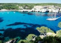 Španělsko: levné letenky ostrov Menorca s odletem z Katovic od 1 925 Kč