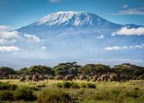 Tanzánie: levné letenky - Kilimandžáro s odletem z Londýna již od 9 026 Kč