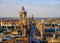 V lednu z Vídně do Skotského Edinburghu za 962 Kč