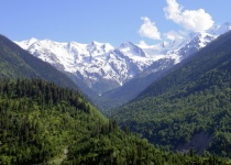 Pohoří mezi dvěma světy