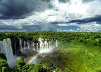 Angola - prosperující země s problematickou minulostí