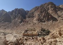 Sinajský poloostrov a nejstarší obydlený klášter světa