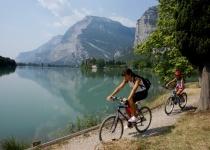 Vydejte se ke Gardskému jezeru v Itálii