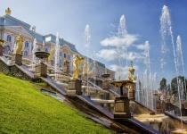 Léto v Petrohradě: teplé dny a bílé noci