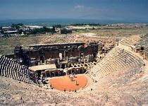 Navštivte turecký Hierapolis u Pamukkale