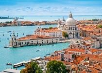 Pobyt v Benátkách ve 3* hotelu se snídaní a odletem z Prahy nebo Vídně.od 3690 Kč
