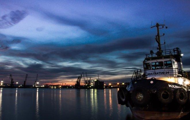 port-burgas-2087497_960_720.jpg